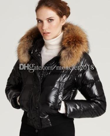 Klassischer Stil M0NCIER Alpes Steppjacken mit Fellkapuze Dunkelblau, Weiß, Schwarz Excellent Women Down Jacket