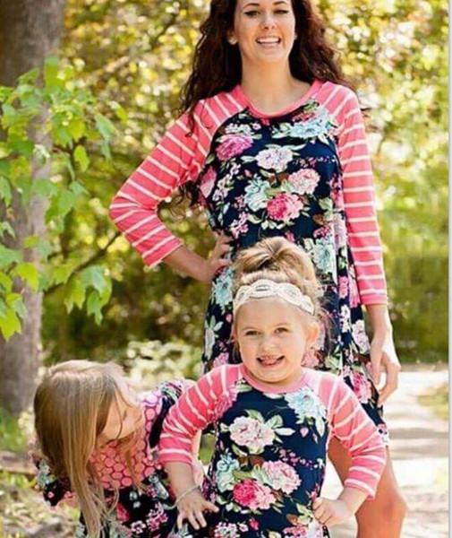 Anne kızı elbise çiçek şerit baskı Elbiseler Kız Ebeveyn-çocuk Maxi Elbise Aile Anne Kadınlar LJJK1900 elbise Eşleştirme