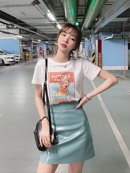t shirt & skirt two piece set 2019 new fashion printed SUMMER doggy t shirt top and PU lacquer leather high waist skirt for ladies