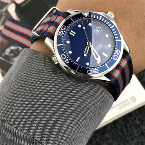 6 color Automatic mechanical watches for mens Luxury stainless steel case Men sports watch Nylon strap 007 Blue white dial 2019 New model