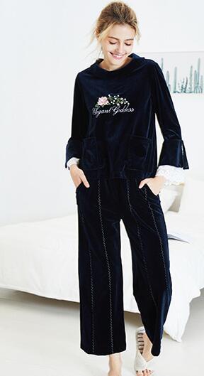 Novo estilo outono inverno terno de veludo de manga comprida de inverno pijama feminino outono pode usar sexy princesa vento conjunto cabeça roupas para casa