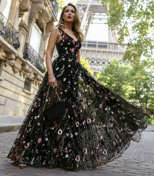 Sexy Black Bohemian Long Prom Dresses 2019 Women Party V-neck Tulle Embroidery Lace Backless Beach BOHO Evening Gowns