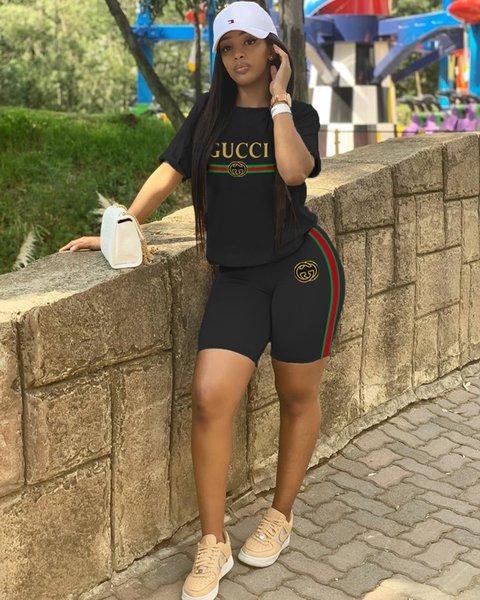 2019 женщин дизайнер из двух частей шорты набор летние спортивные костюмы Письмо печати аппликация с коротким рукавом шорты спортивные костюмы плюс размер s-2xl