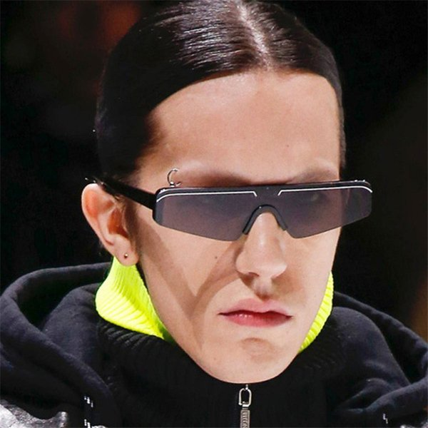 The new fashion cat-eye sunglasses in 2019 are fashionable and personalized, and web celebrity one-piece sunglasses are free of shipping