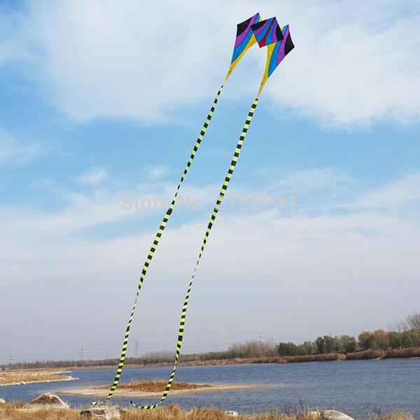 Vente en gros-HOT 5ftSingle Line Delta Kite coloré jouet de sport en plein air Facile à voler pour les enfants longue queue