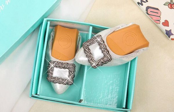 Hot Sale- Fashion Crystal Flat Ballet Floral Flat Shoes Rhinestone Women Designed Girl Flower Pointed Toe Golden princess yoga Shoes Loafers
