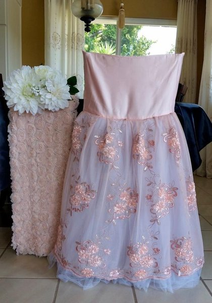 2019 Lace Tulle Vintage Cheap Wedding Chair Sashes Romantic Beautiful Chair Covers Cheap Custom Made Wedding Supplies C02