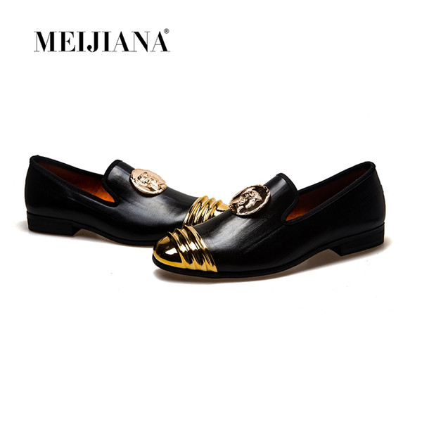 69c2a3f17565 MeiJiaNa Slip On Flats Loafers Male Shoes Fashionable Mens Casual Patent  Leather Shoes Comfortable Soft Handmade