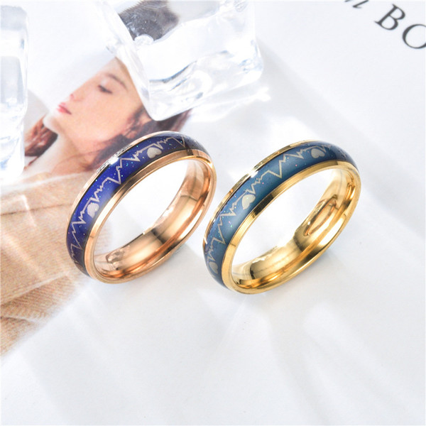 top popular Wholesale Rings Korean version ECG couple ring stainless steel heartbeat men women pair ring titanium steel temperature change color ring 2021