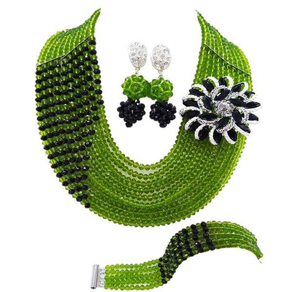 olivgrün schwarz