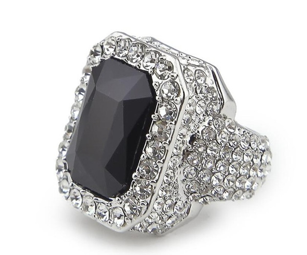 серебро черный камень