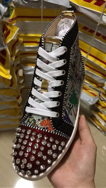 2019 Real Picture Red Bottom Sneakers para hombres Luxury Red Yellow Spikes Moda Casual Hombres Mujeres Zapatos Diseñador Ocio Entrenadores Calzado