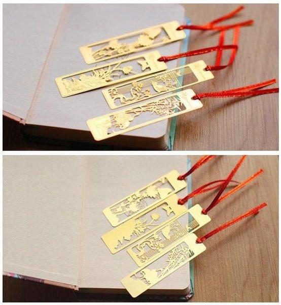 Marcador de metal de color dorado: ahueca hacia fuera Plum Blossom Orquídea Bambú Crisantemo Clásico Retro Estilo Marcadores de aleación