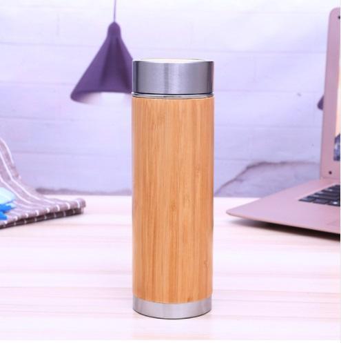 Taza de vacío aislada al vacío del viaje de la botella del agua del acero inoxidable de bambú con el tamiz 450ML del infusor del té