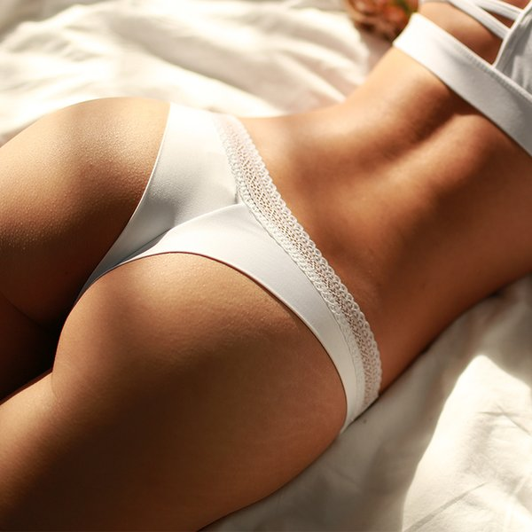 Las mujeres calientes del verano de la ropa interior de encaje ropa interior sexy de algodón ahueca hacia fuera las bragas para las mujeres tangas de cadena sólido sin costura tanga bikini informes