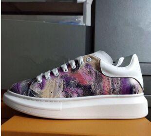 Nouvelle saison de luxe de chaussures de mode de luxe en cuir Chaussures Femme Homme lacent extra-grande plateforme unique Sneakers Blanc Noir Shoesv3 Casual