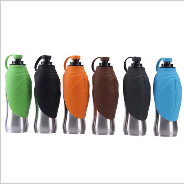 Tasse pour animaux de compagnie Bouteille d'eau en acier inoxydable pour chiens Le gel de silice laisse des bretelles à l'extérieur des bouteilles
