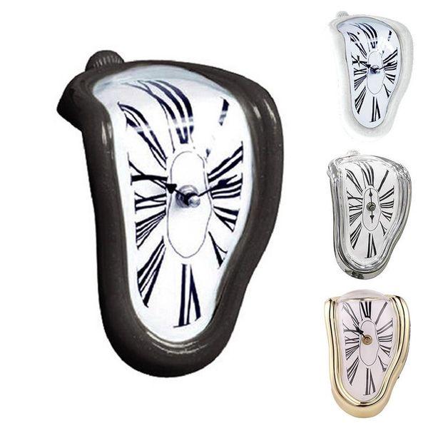 Reloj de pared innovador estilo de giro Estilo de fusión divertido Esquina de la mesa Números romanos Ángulo recto Reloj de tiempo de deformación retro