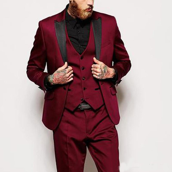 2018 Burgundy Men Suits Black Peaked Lapel Three Piece Wedding Groom Tuxedos Custom Bridegroom Wear (Jacket + Pants + Vest)