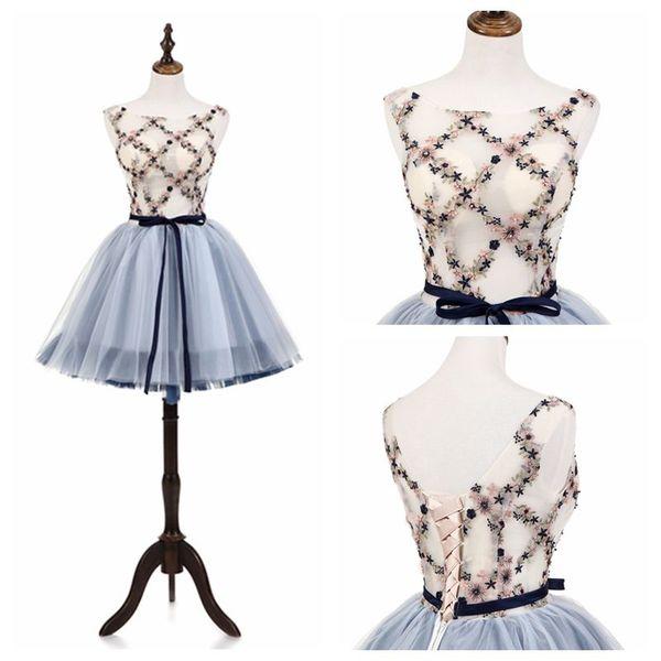 ME005 schicker Entwurf Ärmel Freshman-Heimkehr-Kleid-Idee Blumen SpitzeAppliques Blumenabendkleid kurze Heimkehr Kleidung Partei-Kleid
