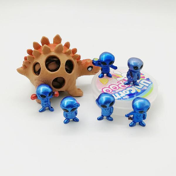 Yenilik Alien Karikatür Model Oyuncak Komik PVC Stereo ET Oyuncak 60 Adet / takım Çocuklar Oyuncaklar Noel Cadılar Bayramı için Hediye Rakamlar