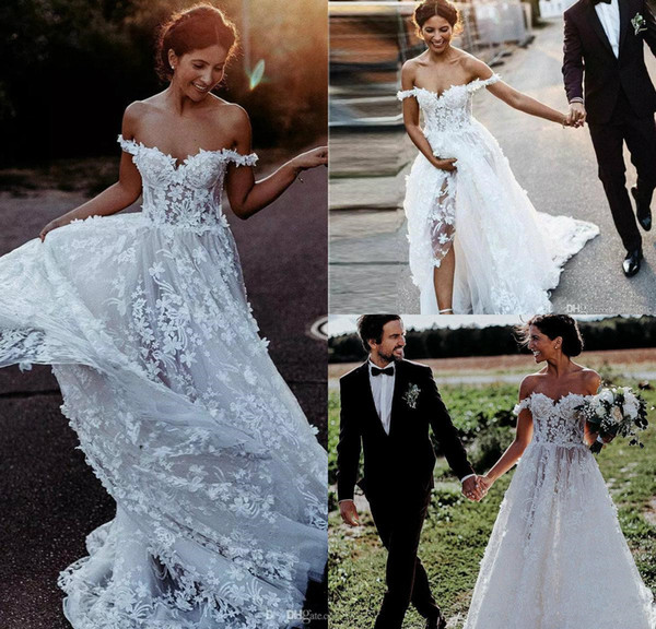 2019 robes de mariée New Bohemian de l'épaule en dentelle 3D appliques florales une ligne robe de mariée plage balayage train pas cher Bhoh robes de mariée