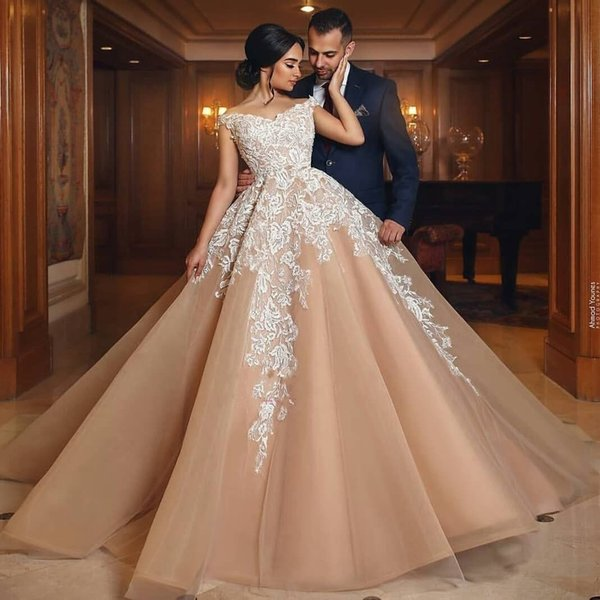 Modern V Neck Open Back Colorful White Lace Appliques Princess Party Tulle Off Shoulder A Line Wedding Dresses 2019 Long Corset Bridal Gowns