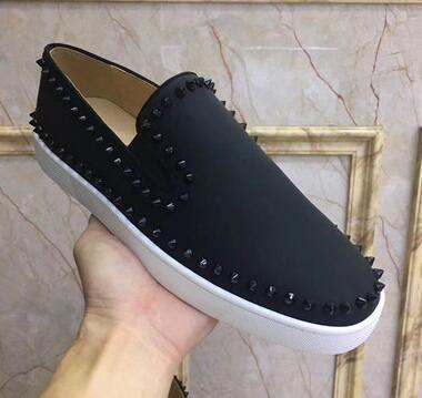 Novo rebites rebocados apartamentos mocassins sapatos casuais dos homens dedo do pé redondo deslizamento no vestido sapatos de casamento top qualidade sapatos de couro tamanho poiu65