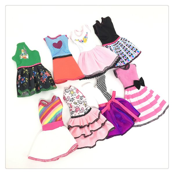 Doll's Fashionable Clothing Set Casual One-piece Dress doll Style Random Good Workmanship Made From Cloth with Fashion Design