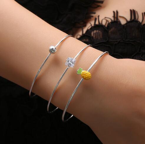 2019 Hot Sale European and American Style Creative New Style Pineapple Crystal Opening Bracelet Bangle 3 Pairs Sets for Women B3230