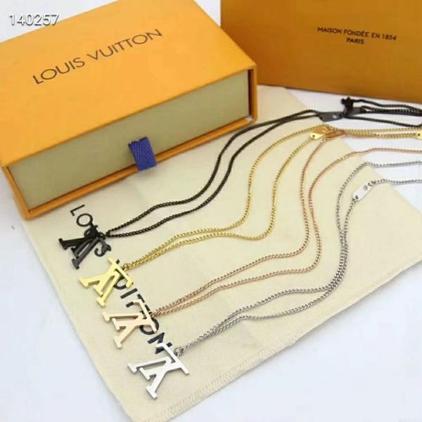 Uomo Donna lettera di modo dell'oro di disegno d'argento in oro rosa nero quattro ciondolo colorate collane dei monili dell'acciaio inossidabile coppia Gift Box libero