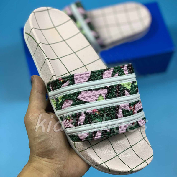 New Mens Season Slippers High Quality Fashion Luxury Multi Here Is The Womens Fur Slides Beach Designer Suede Flip Flops Sandles