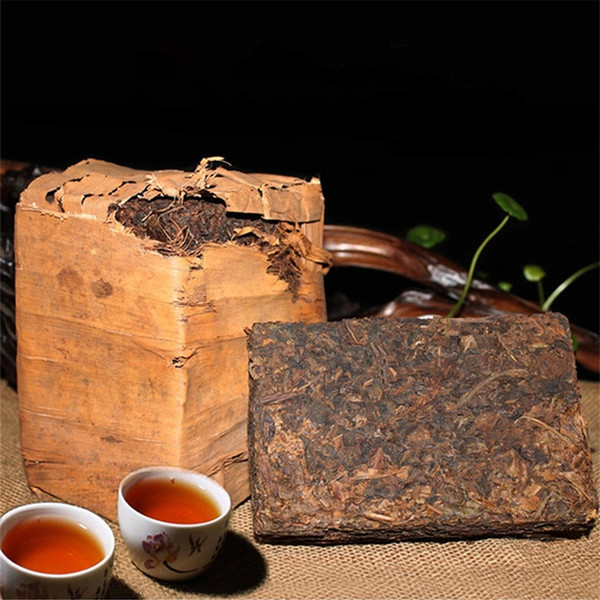 top popular Preference 250g Yunnan Ripe Puer Tea Ancient Tree Pu'er Tea Brick Black Puer Ancestor Antique Honey Sweet Dull-red Puerh Tea 2020