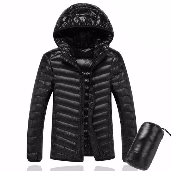il piumino in cappotto uomini incappucciati Ultralight Bianco anatra Down Jacket Warm Linea uomini pacchetto portatile pacco giacca