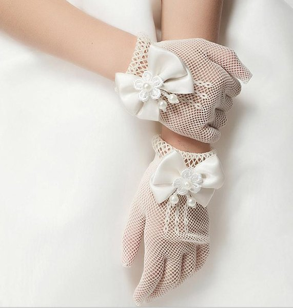 Children Hollow Out Pearl Flower Bowknot Finger Gloves Childs Floral Butterfly Mittens Kids Wedding Party Accessories Beige