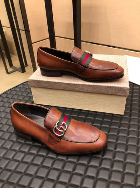 Top luxuoso 2019 Mais Recente Moda Masculina Formal Mariage Sapatos de Festa de Casamento de Alta Qualidade Apontou Toe Sapatos de Negócios Dos Homens Mocassins Sapatos Oxford