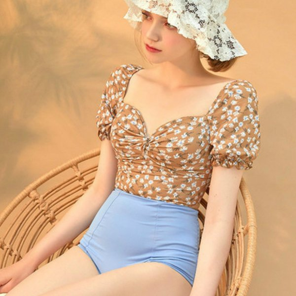 2019 New Korean Swimsuit Women Two-piece V-neck Printing Short Sleeved Boxer Trunks Lacing Waist Backless Ruched Steel-free Suit