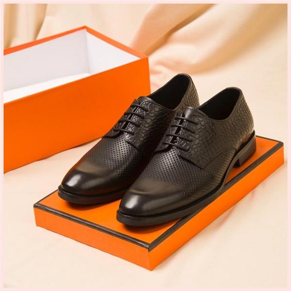 2019 Black Velvet Hommes Femmes Chaussures Chaussures Belle de luxeConcepteur # Plate-forme Sneakers Casual Chaussures en cuir Couleurs solides Chaussures de