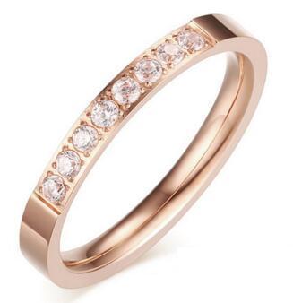 لون الحجر الرئيسي: لون الذهب الوردي