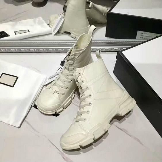19SS las nuevas mujeres de moda Moda corto botas de cuero genuino y original diseño exquisito botas Martin botas