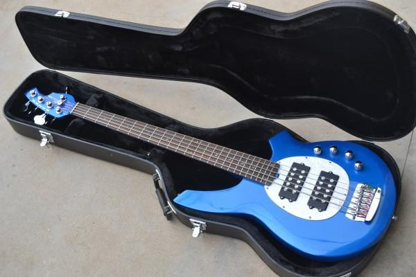 Luxury 5 strings bass music stingRay electric bass man guitar BLUE with 9 V Battery active pickups EMS free shipping