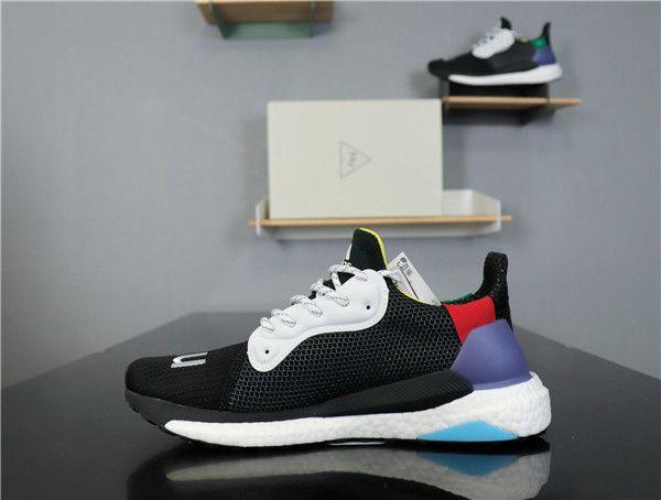 2019 Corrida Humana PW Pharrell x Solar Hu Deslizamento ST Mulheres Homens Tênis de corrida preto branco Zebra Corredor Sports Designer shoes Sneaker
