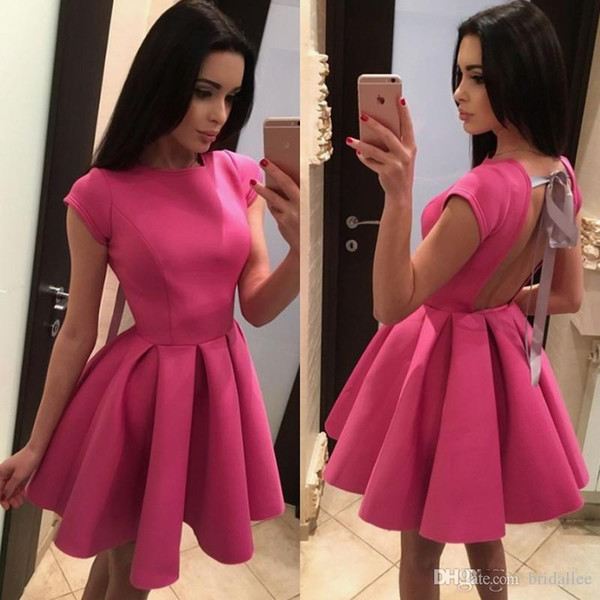 Cute Backless Homecoming Dresses With Bow Knot Cap Sleeve Scoop Neck Mini Short Prom Cocktail Gowns Custom Made Party Dresses