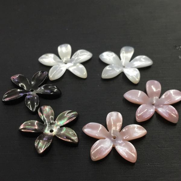 JNMM schöne und empfindliche weiße gelbe rosafarbene fünf-Blumenblatt spitze Shell-Blume DIY hängende Schmucksachezusätze des Lochs 20mm