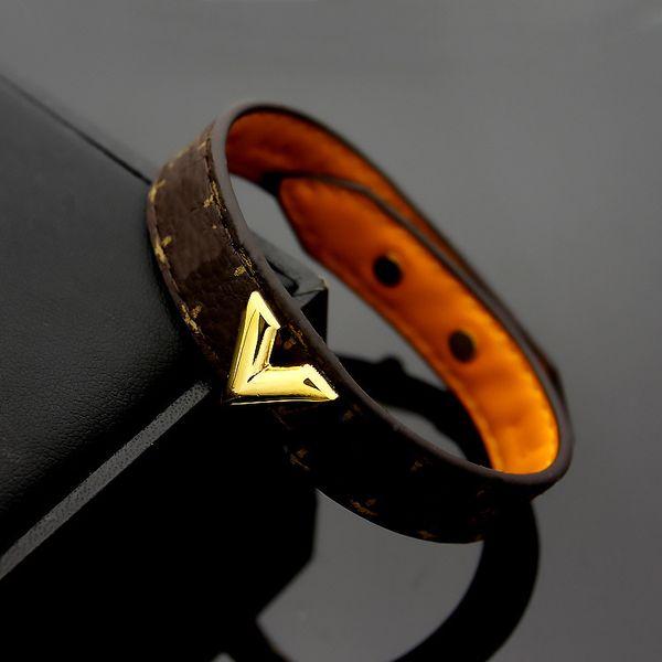 best selling luxury jewelry women leather designer braceltes with gold lock brand logo on it high-end elegant four leaf flowers pattern couple bracelet