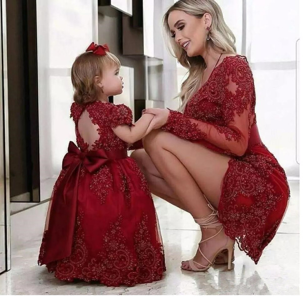 Burgundy Mother and Daughter Dresses 2019 Hot Sale Lace Applique Beaded Wedding Flower Girls' Dresses Princess Party Gowns
