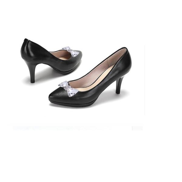6b5233446 Дизайнерские Туфли 1 пара Женщина Цветочные Подвески Квартиры Сандалии  Туфли на Высоком каблуке Аксессуары Хрустальные Зажимы