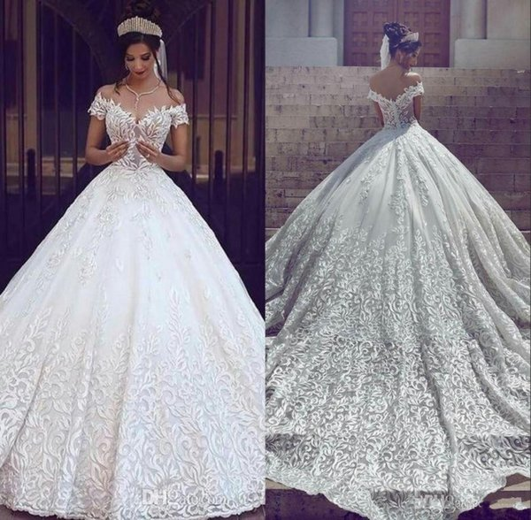 2019 Vintage Lace Wedding Dresses Sexy Off the Shoulder Short Sleeves Applique Sweep Train A Line Bridal Gowns Custom Made