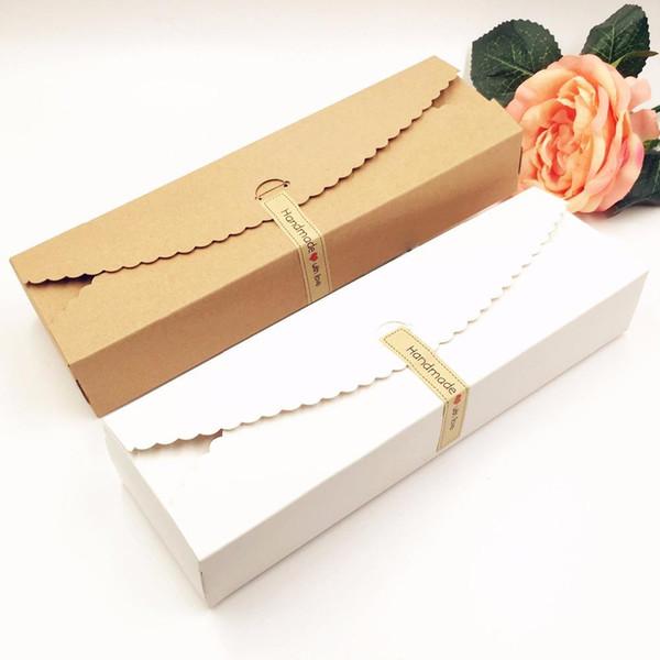 100pcs / Lot mariage Kraft Coffrets cadeaux fête en papier fait main Bonbonnière d'emballage de chocolat blanc Boîtes de rangement Diy gâteau de mariage 23 * 7 * 4cm