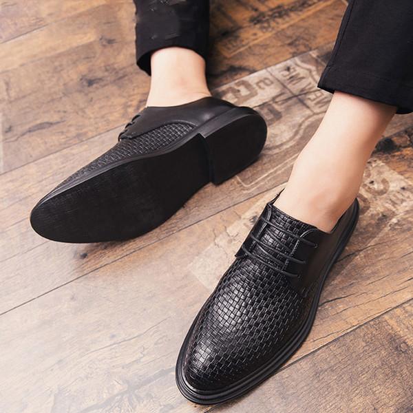 2019Men's authentic dress shoes outdoor pointed business formal men's office tie shoes men's dating dress shoes